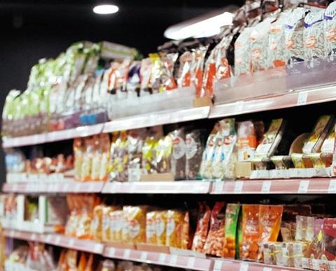Supermarkets and hypermarkets