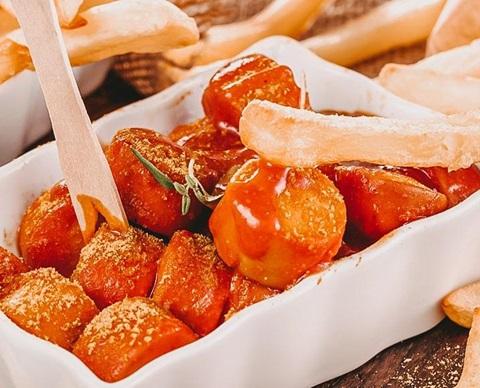 Currywurst CGD-2-min