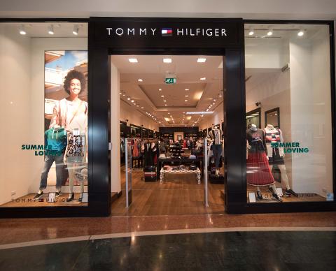 tommy-hilfiger-480x388