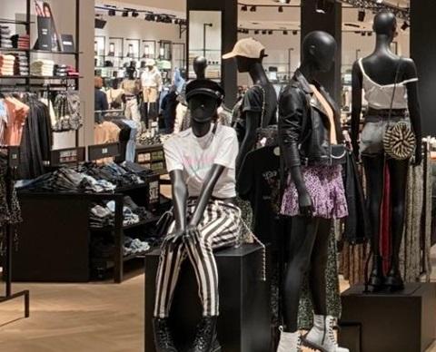 The Sting winkel - Alexandrium Shopping Center