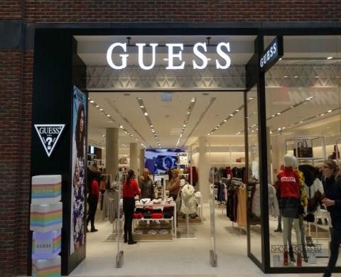 guess-520