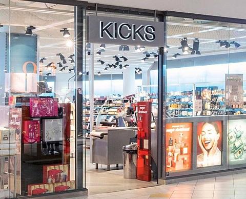 Kicks20WIDE1